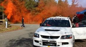 """Test Lancer Evo9 """"spec 2013"""" (350 cv) asfalto-terra"""