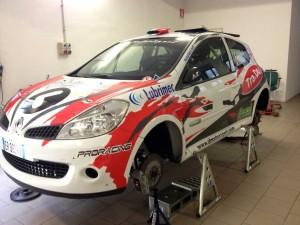 La Clio R3C di Fatichi pronta per il rally di Majano